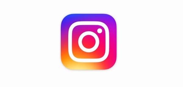 『Instagram』の写真も観ずに『いいね!』が出来る機能って必要ですかね?※追記あり