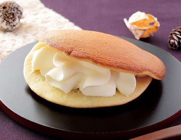 レアチーズのもっちりとした生どら焼