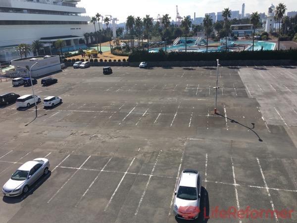 船の科学館駐車場 1